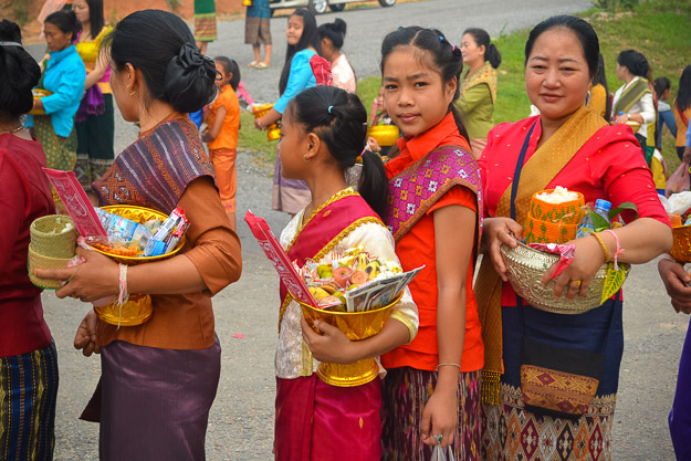 2014-04-19 Lao New Years by Melissa Crossett-9