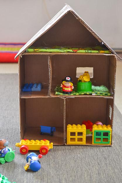 2014-04-26 cardboard dollhouse by Melissa Crossett-3