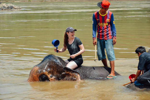 2015-09-21 elephant riding with kids in Luang Prabang by Melissa Crossett (12 of 25)
