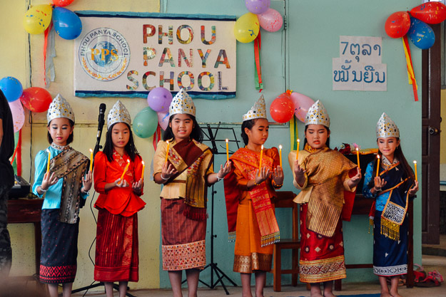 2015-10-21 kids Lao dance Luang Prabang by Melissa Crossett (13 of 17)