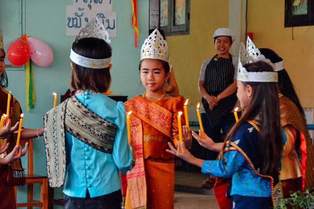 2015-10-21 kids Lao dance Luang Prabang by Melissa Crossett (14 of 17)