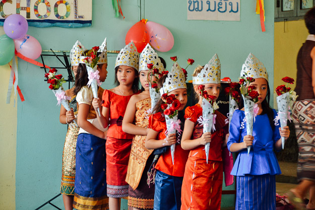 2015-10-21 kids Lao dance Luang Prabang by Melissa Crossett (7 of 17)