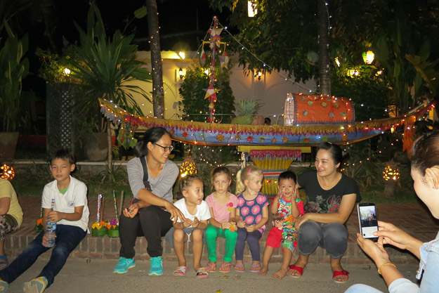 2015-12-10 festival of lights luang prabang by Melissa Crossett (1 of 4)