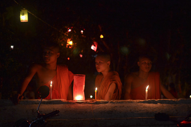 2015-12-10 festival of lights luang prabang by Melissa Crossett (12 of 23)