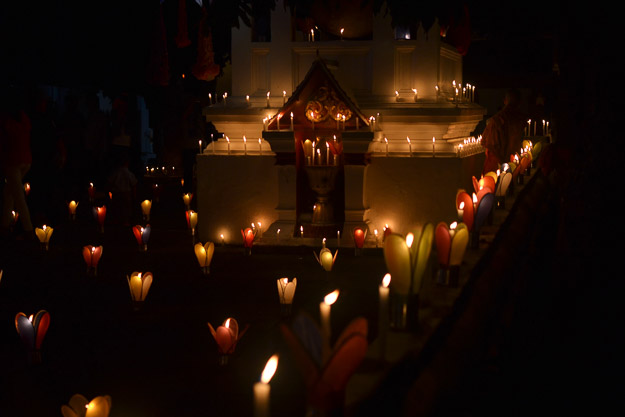 2015-12-10 festival of lights luang prabang by Melissa Crossett (13 of 23)