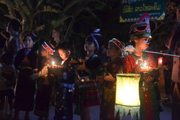 2015-12-10 festival of lights luang prabang by Melissa Crossett (17 of 23)