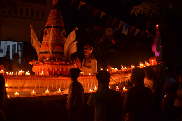 2015-12-10 festival of lights luang prabang by Melissa Crossett (18 of 23)