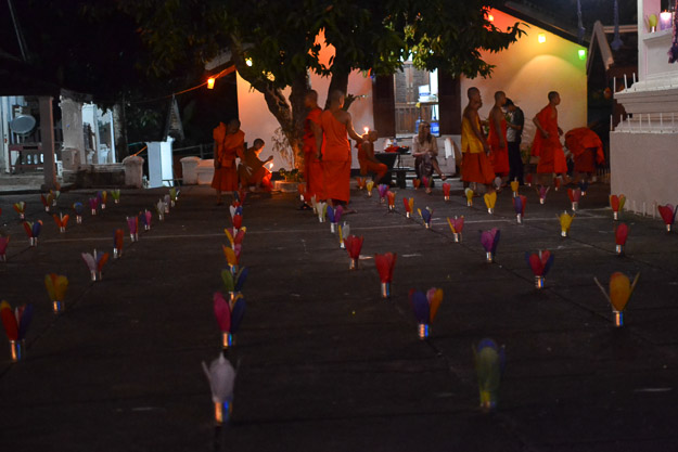 2015-12-10 festival of lights luang prabang by Melissa Crossett (2 of 23)