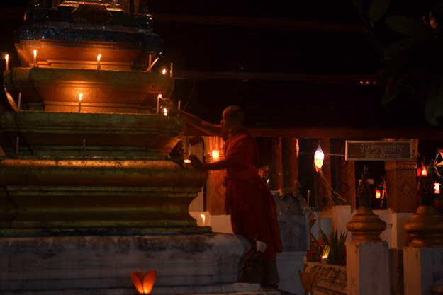 2015-12-10 festival of lights luang prabang by Melissa Crossett (5 of 23)