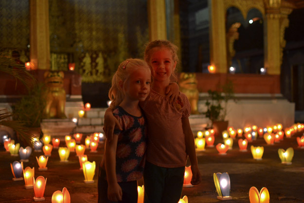 2015-12-10 festival of lights luang prabang by Melissa Crossett (8 of 23)