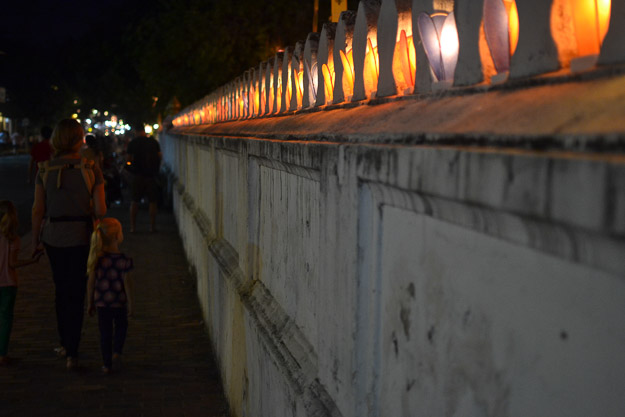 2015-12-10 festival of lights luang prabang by Melissa Crossett (9 of 23)